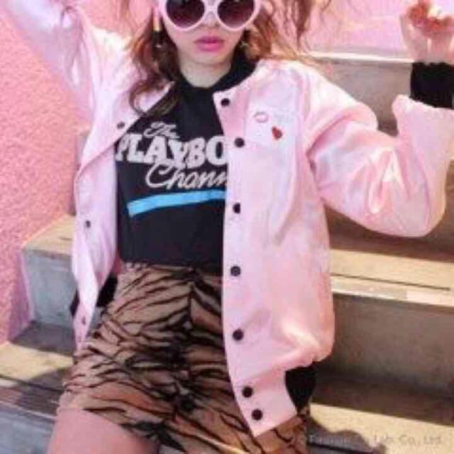 サテン ピンク ブルゾン レディースのジャケット/アウター(ブルゾン)の商品写真
