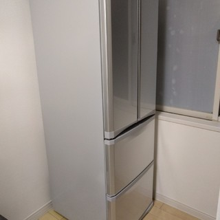 ミツビシデンキ(三菱電機)の三菱電機 400L 冷蔵庫 MR-F40R 一部地域送料無料(冷蔵庫)