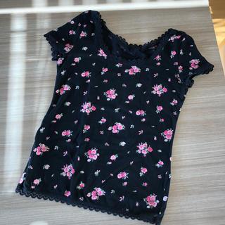 キッドブルー(KID BLUE)のルネ様専用 KID BLUE 黒地 ピンク花柄 半袖 インナー サイズM(アンダーシャツ/防寒インナー)