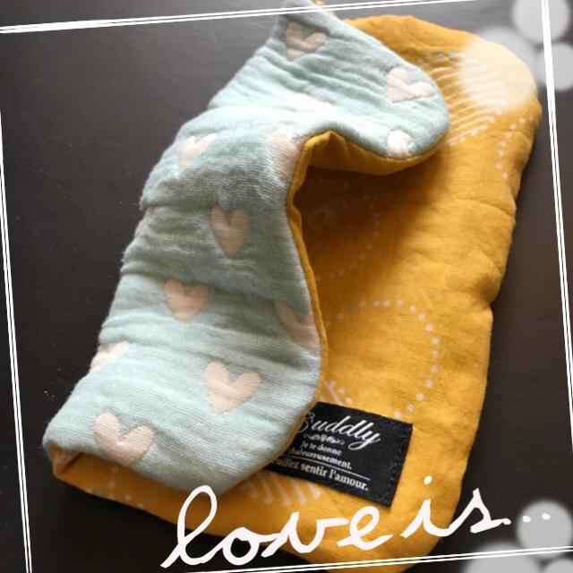 ❤︎270 限定ブルーハート×黄色北欧サークル 8重ガーゼハンカチ  ハンドメイドのファッション小物(ハンカチ/バンダナ)の商品写真