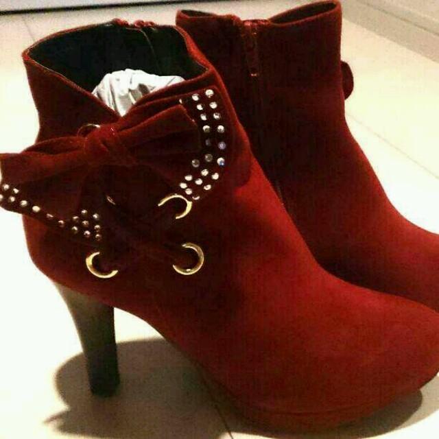 ♡新品レッドブーティー♥ レディースの靴/シューズ(ブーツ)の商品写真