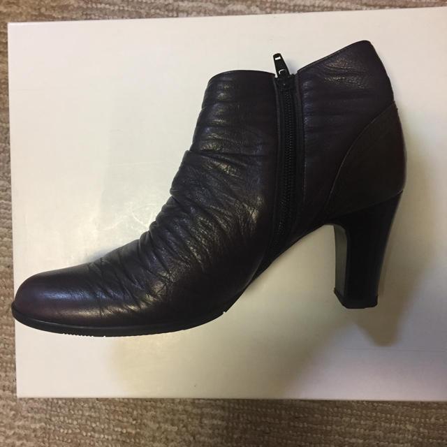Odette e Odile(オデットエオディール)のショートブーツ 7.5センチヒール 神戸で購入 レディースの靴/シューズ(ブーツ)の商品写真