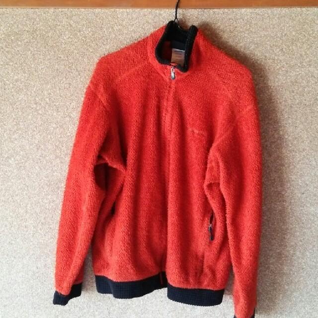 patagonia(パタゴニア)の最終値下げ patagonia フリース レギュレーターシリーズ レッド M メンズのジャケット/アウター(ブルゾン)の商品写真