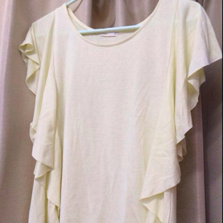 ジーユー(GU)のgu フリルトップス(Tシャツ(半袖/袖なし))
