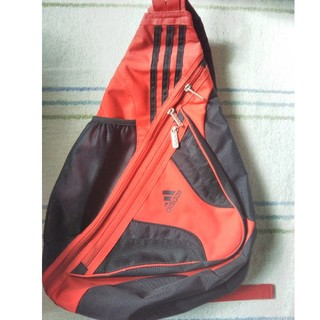 アディダス(adidas)のアディダス バッグ(ショルダーバッグ)