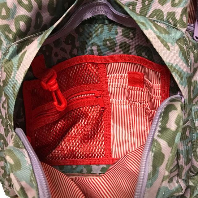 HERSCHEL(ハーシェル)のハーシェルサプライ レオパード柄バックパック メンズのバッグ(その他)の商品写真