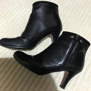 オデットエオディール(Odette e Odile)のオデットエオディールの黒定番ショートブーツ!23センチ美品(ブーツ)