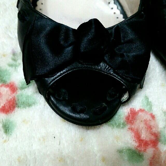 pura bianca オープントゥ 黒  レディースの靴/シューズ(ハイヒール/パンプス)の商品写真