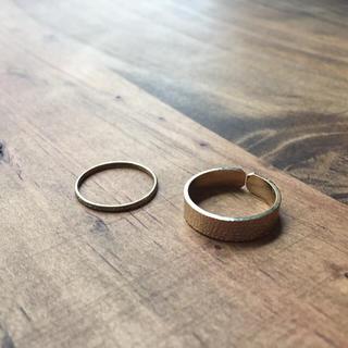 ヒッチハイクマーケット(HITCH HIKE MARKET)のリング ゴールド 2個セット(リング(指輪))