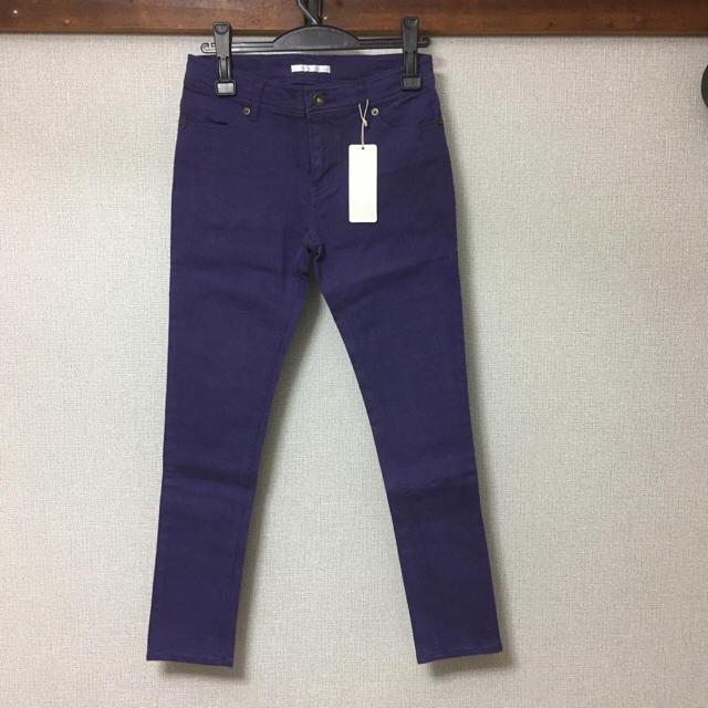 RETRO GIRL(レトロガール)の新品 レトロガール カラーパンツ スキニー 紫 パープル パンツ ボトムス  レディースのパンツ(スキニーパンツ)の商品写真