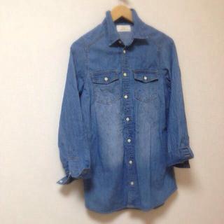 ダブルクローゼット(w closet)のw closetのタンガリーシャツ(シャツ/ブラウス(長袖/七分))