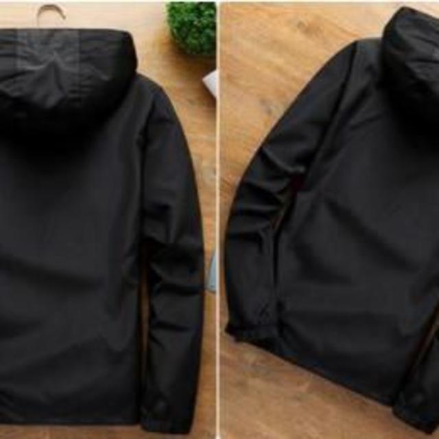 スマートに着こなすオシャレアイテム★メンズ マウンテンパーカー(ブラックL) メンズのジャケット/アウター(マウンテンパーカー)の商品写真