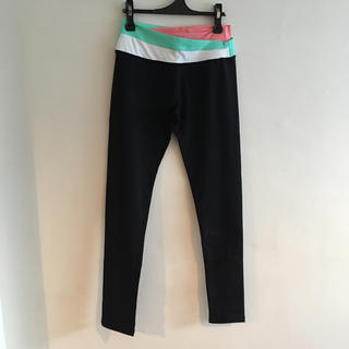 ルルレモン(lululemon)のlululemon pants size4 *outlet*(ヨガ)