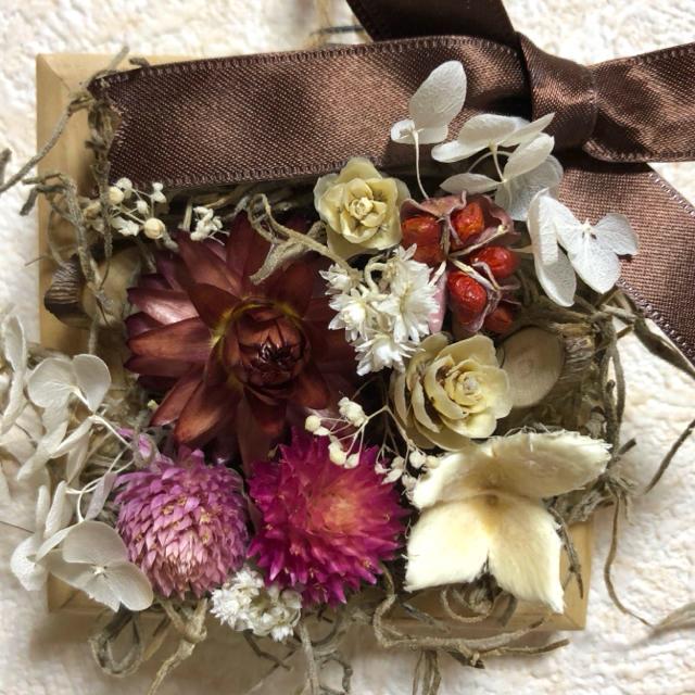 お花の木製ウォールデコS② ハンドメイドのフラワー/ガーデン(ドライフラワー)の商品写真