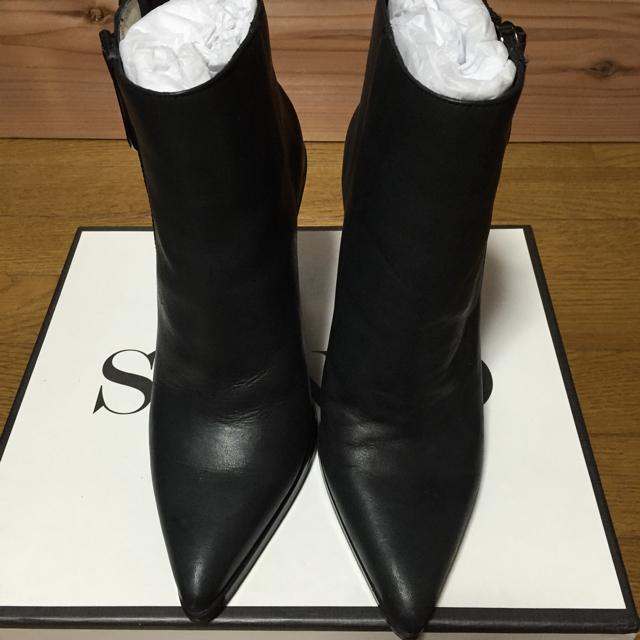 NINE(ナイン)のブラックショートブーツ レディースの靴/シューズ(ブーツ)の商品写真