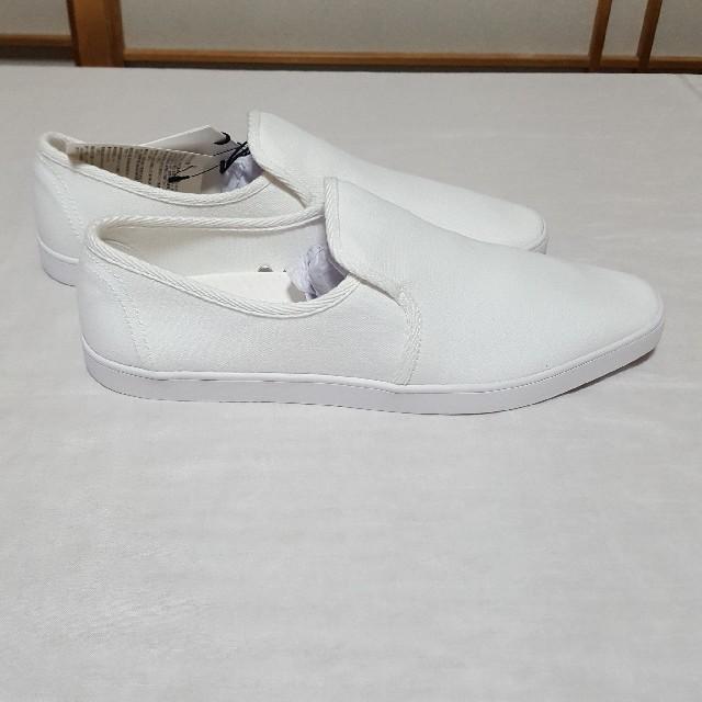 UNIQLO(ユニクロ)のユニクロ×ルメール スリッポン 新品 白 27,5cm メンズの靴/シューズ(スリッポン/モカシン)の商品写真