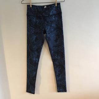 ルルレモン(lululemon)のlululemon pants size6 *outlet*(ヨガ)
