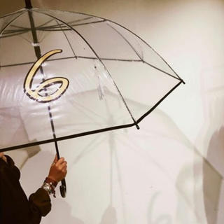 ビューティアンドユースユナイテッドアローズ(BEAUTY&YOUTH UNITED ARROWS)の最終値下げ新品未使用 roku 6 デザインビニール傘(傘)