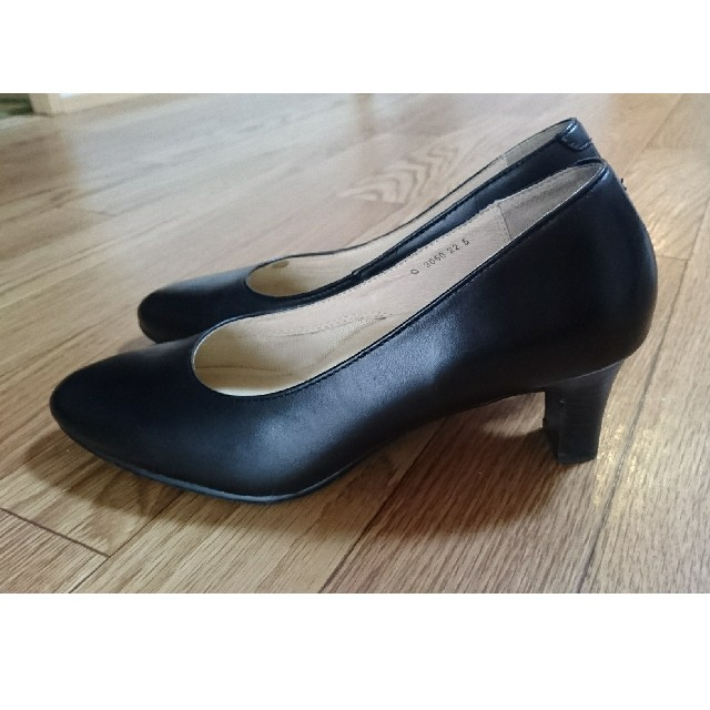 MORBIDO黒パンプス 22.5cm レディースの靴/シューズ(ハイヒール/パンプス)の商品写真