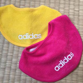 アディダス(adidas)の専用(ベビースタイ/よだれかけ)