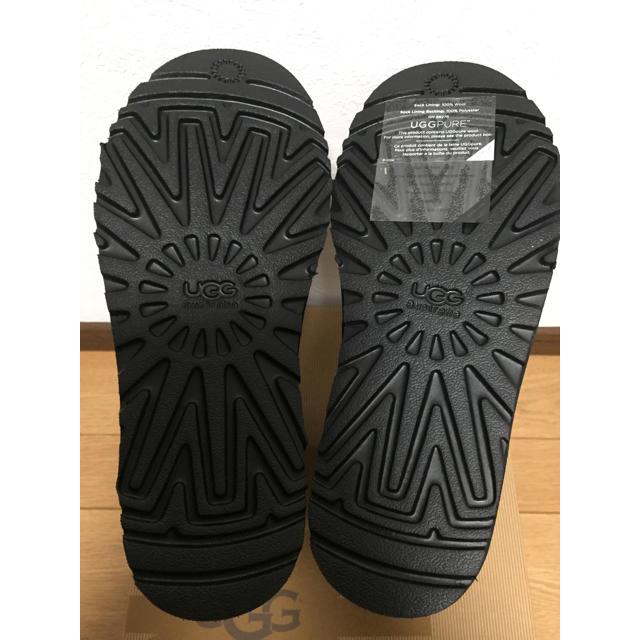 UGG(アグ)の☆新品☆ UGG クラシックショート 黒 24㎝ レディースの靴/シューズ(ブーツ)の商品写真