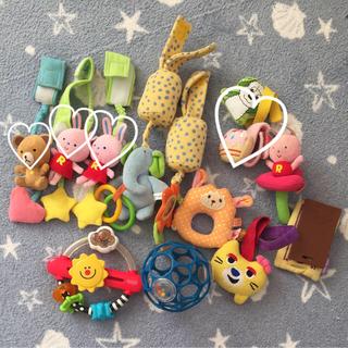 フィッシャープライス(Fisher-Price)の赤ちゃんのおもちゃ(がらがら/ラトル)