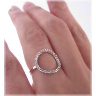 繊細 輝く CZ O リング 指輪 重ね付けにも ホワイトゴールドcolor(リング(指輪))