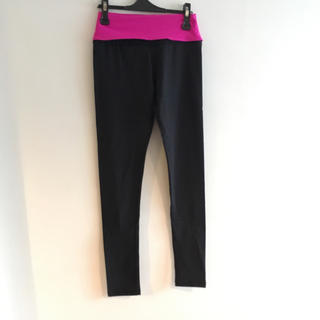 ルルレモン(lululemon)のlululemon pants size6 *outlet*(ヨガ)