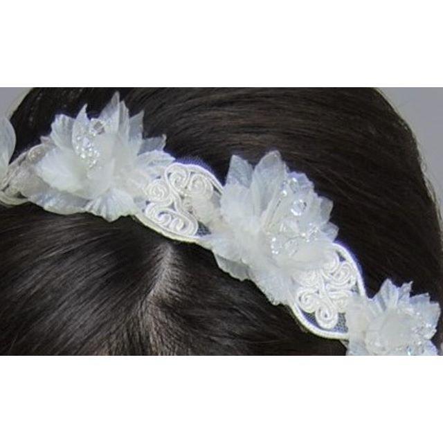 【新品、日本製】お花のヘッドドレス ウエディングドレス用 1点もの レディースのフォーマル/ドレス(ウェディングドレス)の商品写真