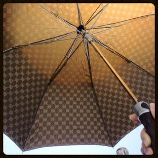 グッチ(Gucci)のGUCCI折りたたみ傘(傘)