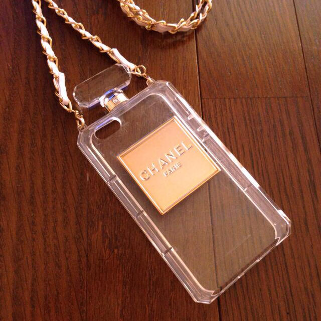burberry iphone8plus カバー 中古 | iPhone5 CHANELパロディの通販 by もなこs'hop|ラクマ