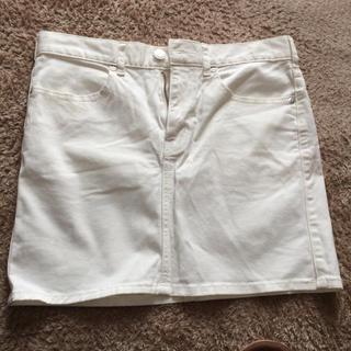 ジーユー(GU)のGU  白 ミニスカート デニム(ミニスカート)