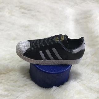 アディダス(adidas)のadidas スニーカー ペットボトルキャップ(その他)
