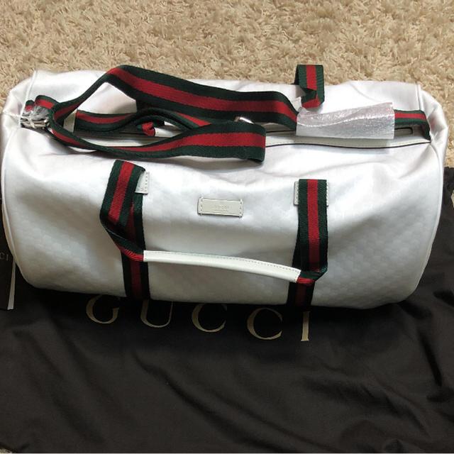 Gucci(グッチ)のGUCCI ドラム型バッグ ホワイト 新品未使用 メンズのバッグ(ドラムバッグ)の商品写真