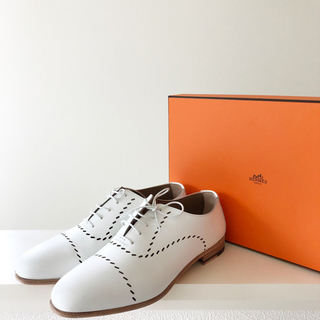 エルメス(Hermes)のHERMES 人気 ローファー 白 ホワイト 37 レースアップ 新品 エルメス(ローファー/革靴)