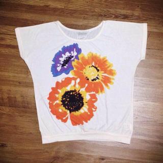 ミスティウーマン(mysty woman)のmysty woman 花柄Tシャツ(Tシャツ(半袖/袖なし))