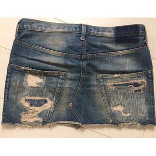 アンダーカバー(UNDERCOVER)の美品 アンダーカバー クラッシュ 加工 デニムスカート  サイズ2 希少 (ミニスカート)