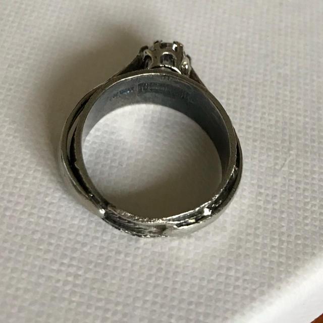 IOSSELLIANI(イオッセリアーニ)の【mugiさま専用】IOSSELLIANI✴︎羽リング シルバー8号 レディースのアクセサリー(リング(指輪))の商品写真