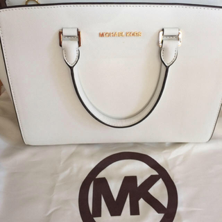 マイケルコース(Michael Kors)のMichael Kors ◉ Large Selma Satchel(ハンドバッグ)