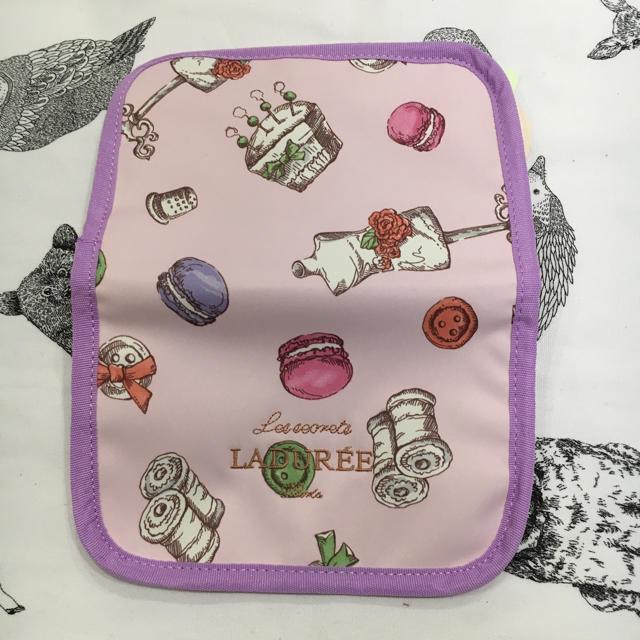 LADUREE(ラデュレ)のラデュレ  マカロン  ポーチ  ピンク レディースのファッション小物(ポーチ)の商品写真