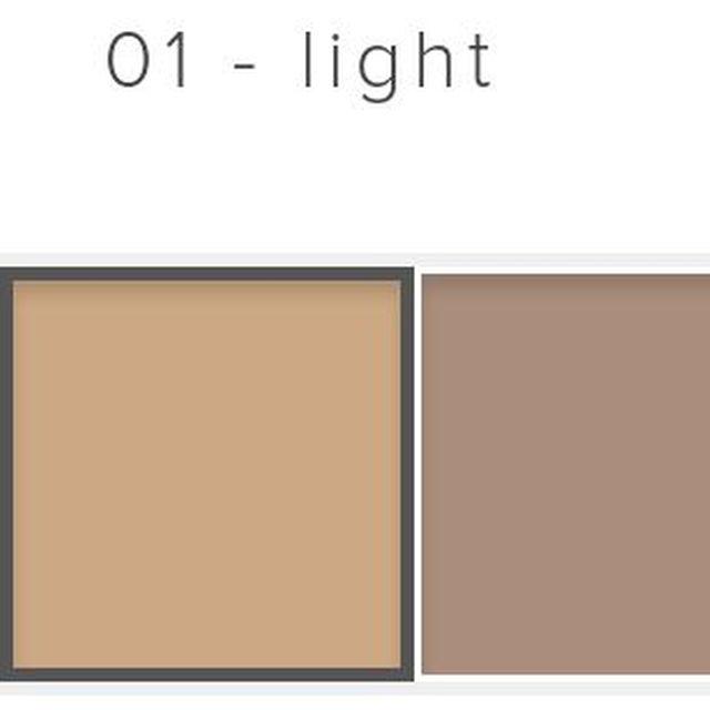ベネフィット アイブローペンシル 01 木の葉型 アイブローペンシル コスメ/美容のコスメ/美容 その他(その他)の商品写真