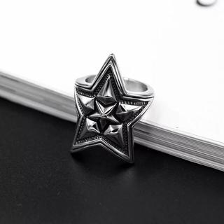 星(大)☆着け心地良い!チタンステンレス黒墨コーティングスターリング星指輪(リング(指輪))