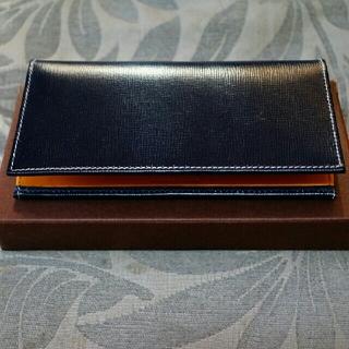 ホワイトハウスコックス(WHITEHOUSE COX)の『値下げ』ホワイトハウスコックス  S9697 長財布  (長財布)
