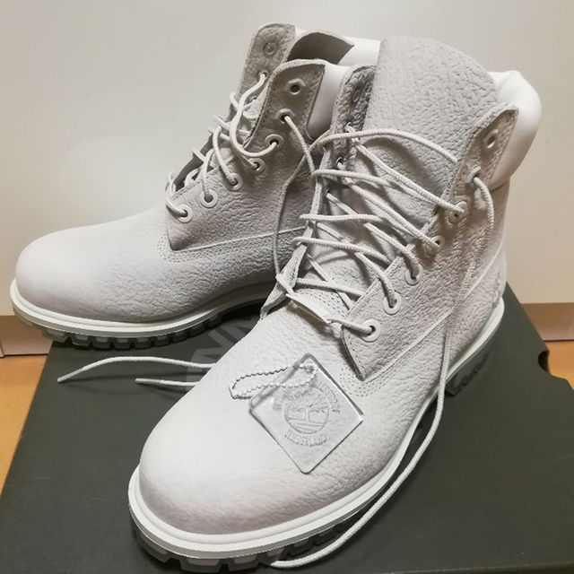 Timberland(ティンバーランド)の26.5 Timberland ティンバーランド 6インチブーツ GRY グレー メンズの靴/シューズ(ブーツ)の商品写真