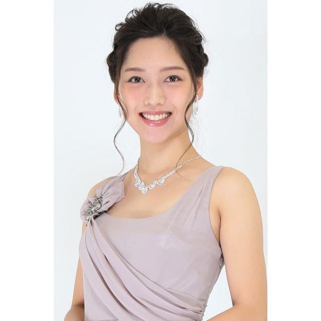 【ちんちゃん様専用】ネックレス&ピアスセット、シルバーカチューシャ、アクセ4点 レディースのフォーマル/ドレス(ウェディングドレス)の商品写真