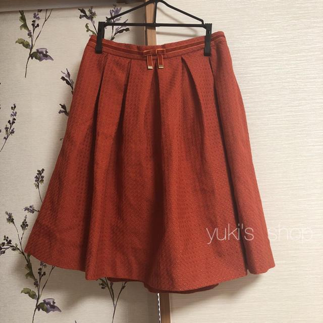 赤スカート レディースのスカート(ひざ丈スカート)の商品写真