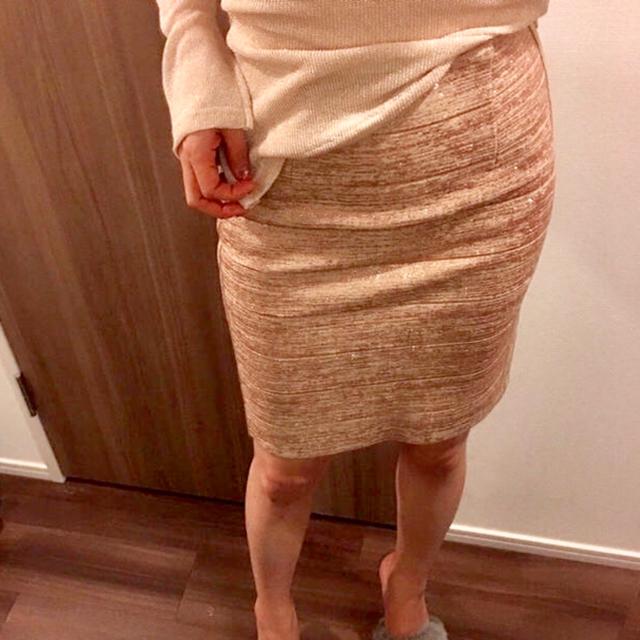 ゴールドベージュスカート レディースのスカート(ひざ丈スカート)の商品写真