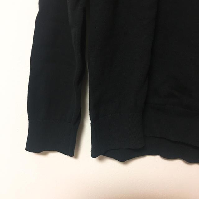 TOMMY HILFIGER(トミーヒルフィガー)のトミーヒルフィガー Vネックニット メンズLサイズ 黒 レディースのトップス(ニット/セーター)の商品写真