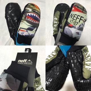 ネフ(Neff)の【新品】 neff デザイン ミトングローブ スキー スノーボード 手袋 (ウエア/装備)