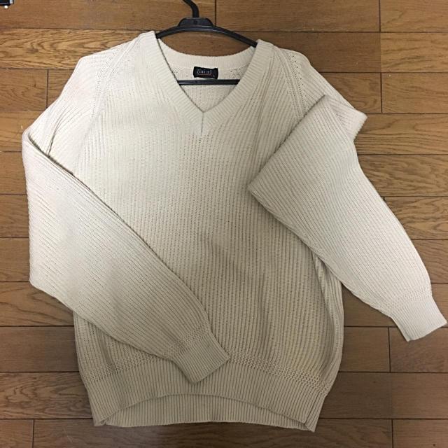 ベージュ vネックセーター メンズのトップス(ニット/セーター)の商品写真